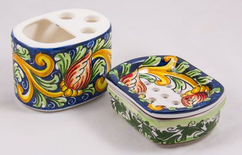 Miscellaneous: #Italy. Soap-Dish and Stand for Toothbrush Set. Red Tulips. #Caltagirone #Ceramics. Hand Made
