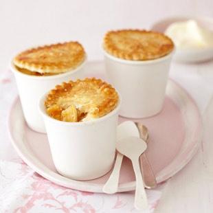 Tassen-Pies - cute pies in cups. in German