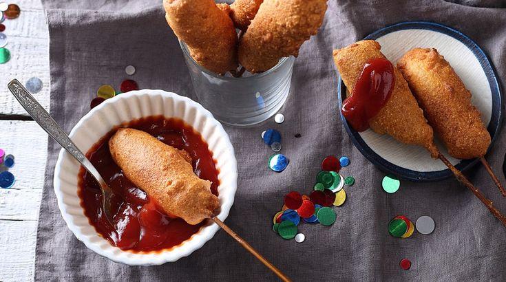 Készítsünk farsangra kukoricabundás virslit, azaz Corn Dog-ot! - Receptek   Ízes Élet - Gasztronómia a mindennapokra
