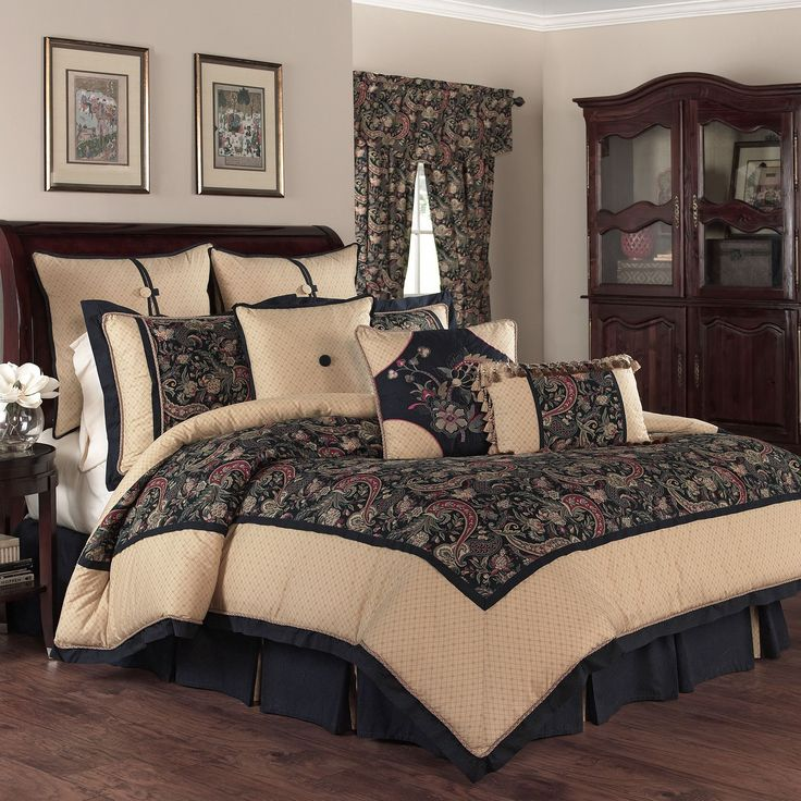 Rhapsody 4 Piece Reversible Bedding Set
