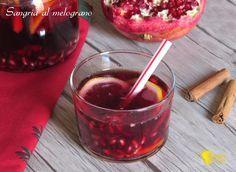 cenone di capodanno 2017 sangria-al-melograno-ricetta-cocktail-per-capodanno-aperitivo-per-le-feste-il-chicco-di-mais