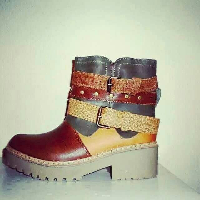 Boots Palke Material: Capellada cuero