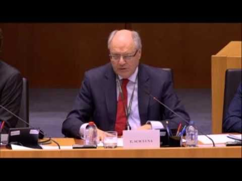 Παπαδημούλης σε Ρέγκλινγκ, σε συζήτηση στο ΕΚ για το ελληνικό πρόγραμμα: «Τι θα κάνετε για να γεφυρωθεί το χάσμα μεταξύ δανειστών-ΔΝΤ, ώστε να ολοκληρωθεί σύντομα η αξιολόγηση;» (βίντεο) | Δημήτρης Παπαδημούλης