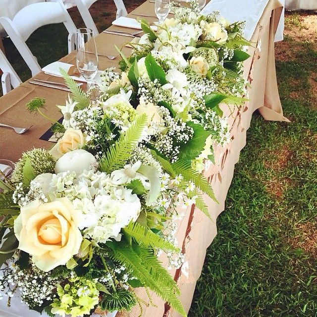 #ShareIG #lovethiswedding and bridal table florals by @gingerlilyrose #weddings #weddingflowers #weddingstyling #flowers #styling #weddingideas