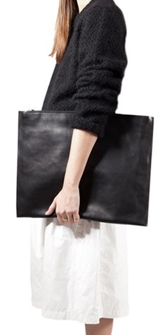 TMR_RSO Leather #Bags #madeinitaly #leather #pochette #handcrafted #handmade #italiandesign #black #white #blackandwhite