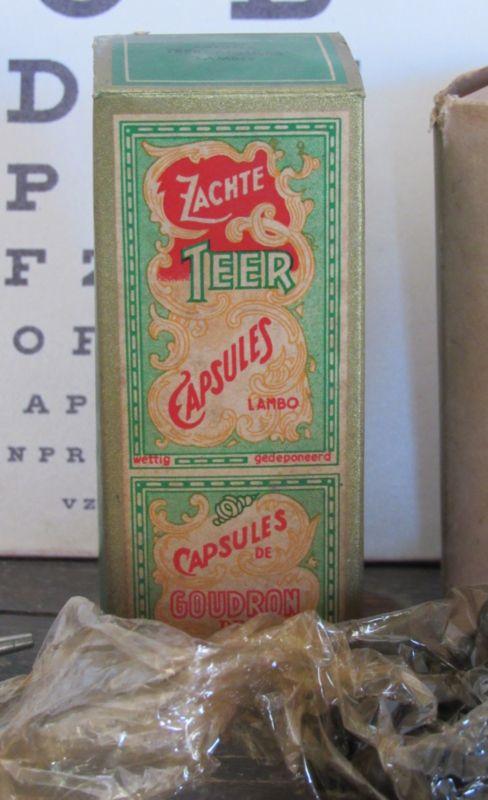Apothekersverpakking LAMBO Zachte teercapsules. Gevuld! Ca. 1940 | BROCANTE APOTHEEK/MEDISCH | Decofrills, Brocante Antiek Stoer Industrieel Nostalgisch Retro Vintage OSI