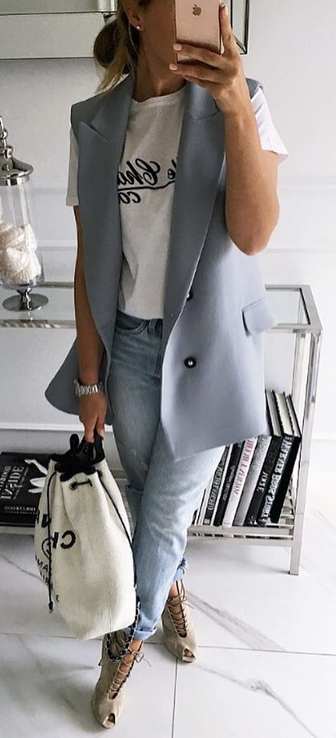 casual style obsession / blush vest + bag + printed tee + boyfried jeans + lace up heels