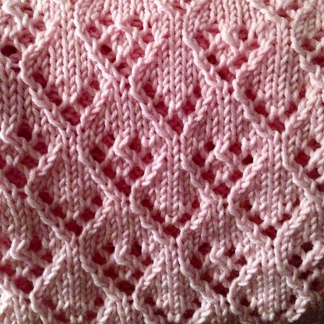 kwchappy's Serena's Baby Blanket using Elven Pixie Baby Blanket Pattern by Tall Gal Knits (Ravelry), Free, Martha Stewart's Extra Soft Wool Blend Yarn