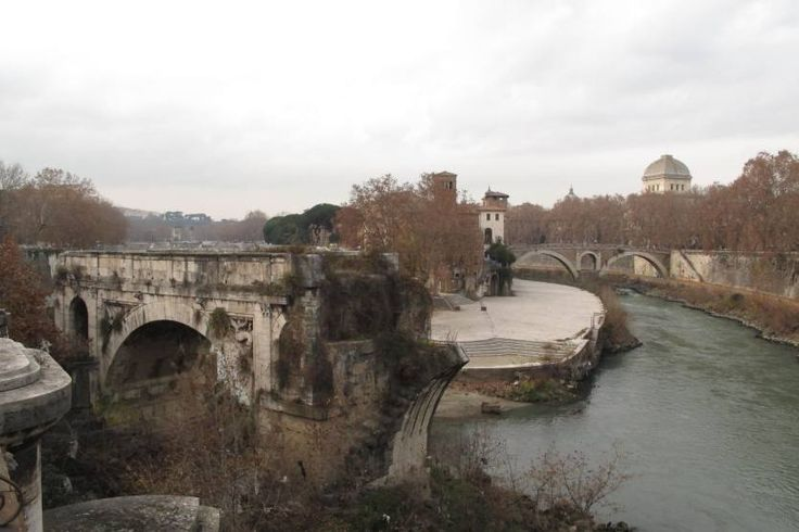 "Rome...Tiberina island and ""broken bridge"""