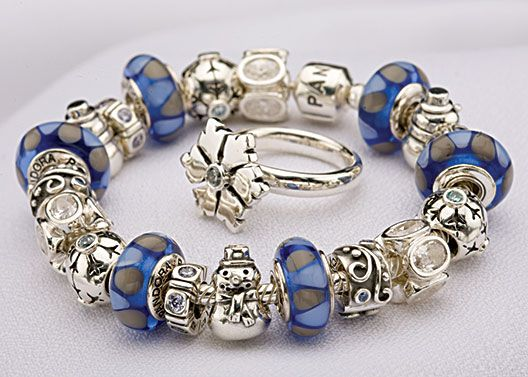 http://www.thecrystallove.com/pandora-sale-lights-you-and-the-near-you/.