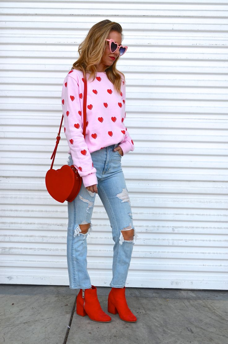 VALENTINE'S DAY GIFT GUIDE - Jaclyn De Leon Style + what to wear this Valentine's day + heart sweatshirt + forever 21 + heart handbag + distressed denim + red boots + target style + casual style + holiday look + spring style inspo + heart sunglasses + pink + red + street style look + how to style for Valentine's day + affordable fashion