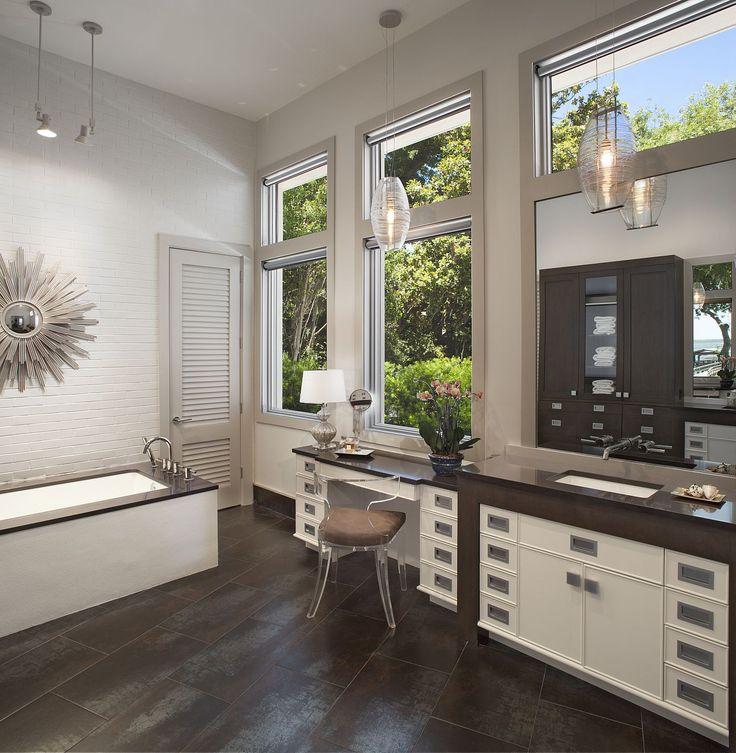 Amanda Webster Design: Classic Contemporary Master Bathroom Interior Design / Photo: Neil Rashba