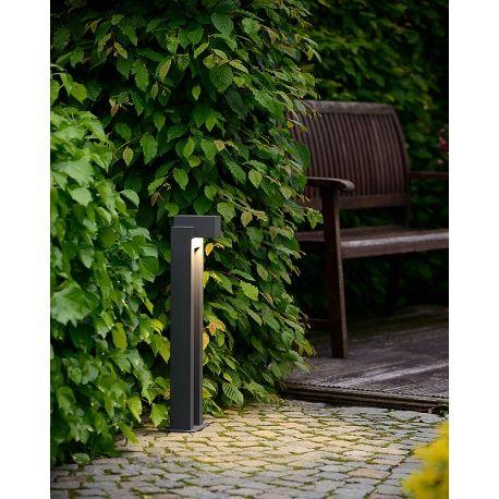 Nwoczesnysłupek ogrodowy Kwinto LED, dostępny w dwóch opcjach kolorystycznych. http://blowupdesign.pl/pl/38-lampy-ogrodowe-zewnetrzne-tarasowe-patio #słupekogrodowy #lampyogrodwe #lampyzewnętrzne #oświetlenieogrodu #lampyogrodowestojące #outdoorlighting #postlamp