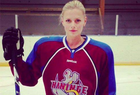 Linn Asplund Hockeyspelare och modell.
