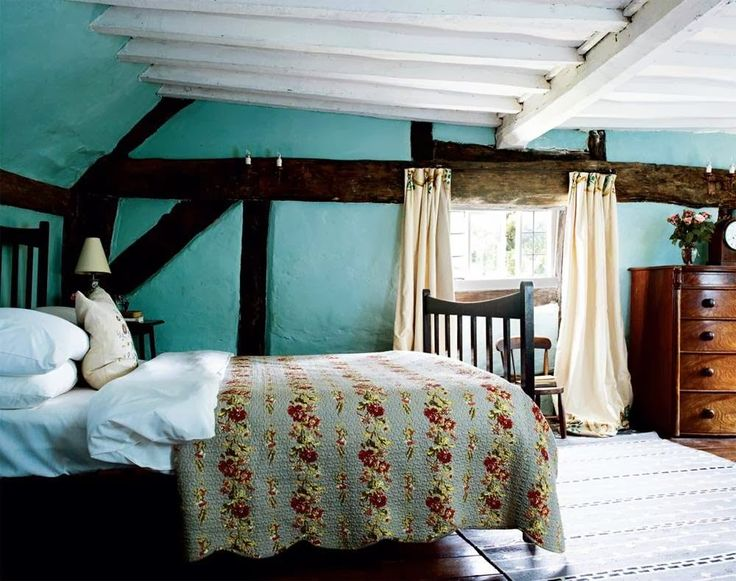 Keltainen talo rannalla  Englantilaisia koteja  Country BedroomsCottage  BedroomsCottage LivingCountry LivingEnglish Cottage. 296 best English Cottage interiors images on Pinterest   English