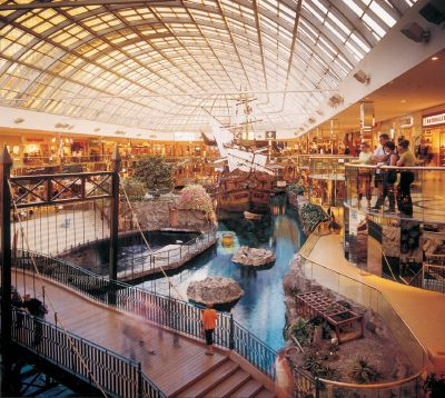 West Edmonton Mall as a family vacation - Why not? You and the kids can enjoy waterslides, rapids rides, play areas and all kinds of water park fun within the barriers of a shopping mall!