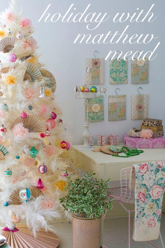 I love this Christmas Decor!