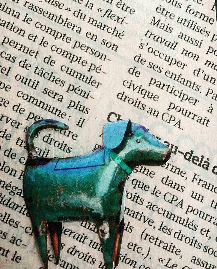 TARJETAS DE REGALO. Material: Hoja diario frances y recorte de revista. #papel #reciclaje #paperlove #manualidades #arte #artesania #tarjetas #mensaje #minitarjetas #tarjetaderegalo #dog #doglover #christmas #perro