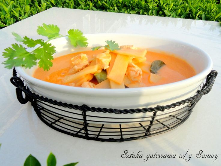 Red curry z bambusem