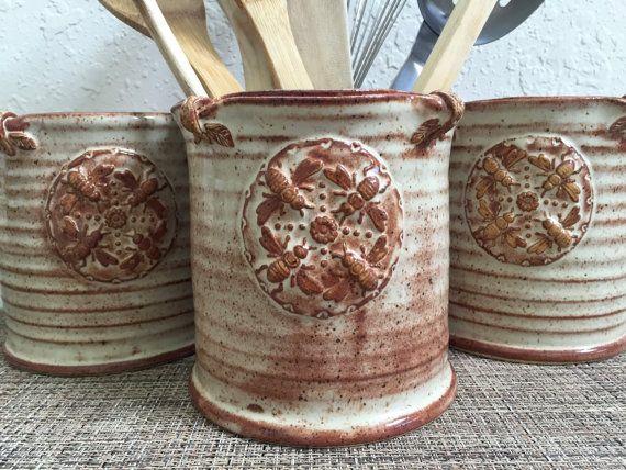 Keramische gebruiksvoorwerp houder  vaas  door QueenBeePottery