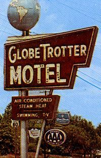 GlobeTrotter Motel neon sign - Longview, Texas