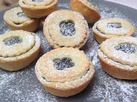 VÍKENDOVÉ PEČENÍ: Křehké makové koláčky