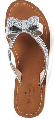 Loving these sparkly flip flops! Perfect for a summer beach wedding!