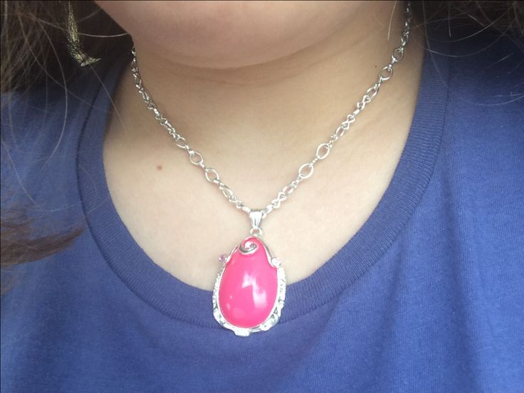 Sofia Real Pink Amulet
