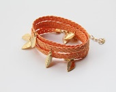 Orange Braid envoltura de pulsera - encantos hojas - retorcidas 4 veces - chapado en oro de 24k