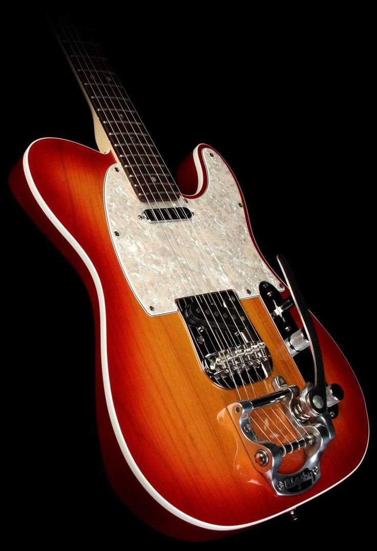 2006 #Fender American Deluxe #Telecaster with #Bigsby Electric Guitar Cherry Sunburst