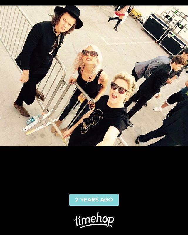 Timehop mems on my stories  ( Lou Teasdale IG 23 nov 2016 )