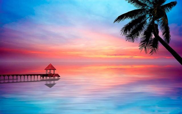 Tropical Island Beach Ocean Sunset: A Beautiful Sunrise/sunset Over Caribbean Clear Waters