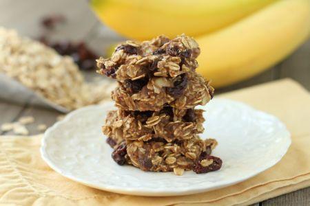 Flourless, No Added Sugar Oatmeal-Banana-Raisin Cookies