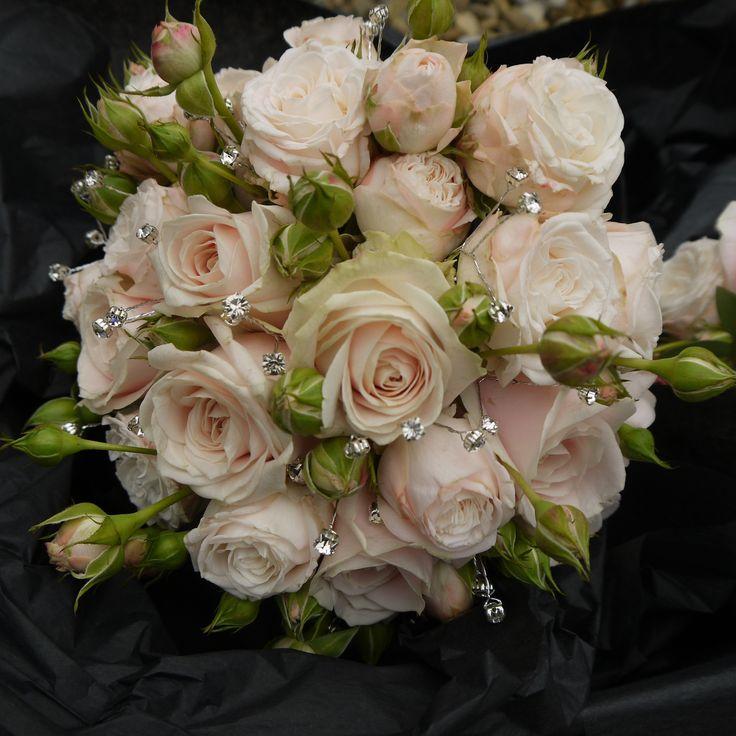 Classic Wedding Bouquets: 17 Best Images About Vintage Bridal Bouquets On Pinterest