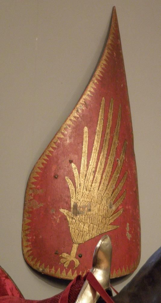 Hungarian shield with winged talon: Hofjagd-und Rüstkammer, Wien, Late 16th Century (Photo © Daniel Staberg).