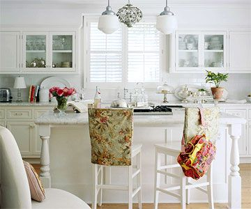 Behind Glass DoorsKitchens Decor, Decor Ideas, Living Room Design, Decorating Ideas, Small Kitchens, Cabinet Doors, Glasses Cabinets, Glasses Doors, Cabinets Doors