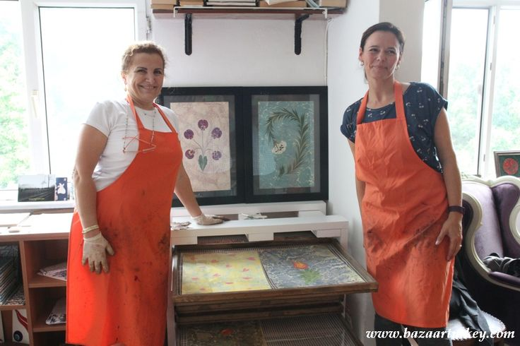 Ebru aka Marbling Workshop with teachers of International School. Thanks for visiting our art gallery and studio in sultanahmet. Istanbul - May 2016  Turkish arts in istanbul by bazaar turkey.