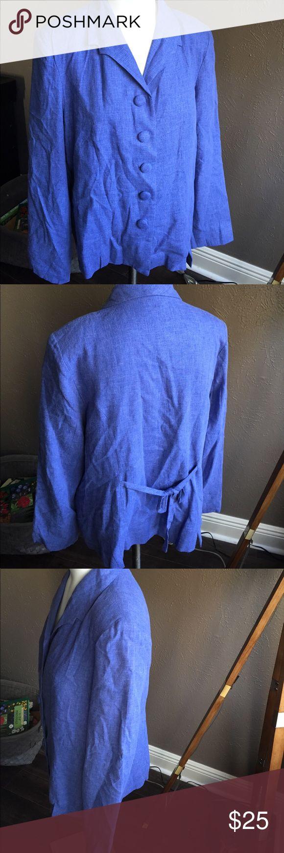 "April Cornell Linen Rayon Blazer jacket Sz M blue Cute blazer in a soft Linen Blend. Chest: 42""; sleeve from shoulder: 23.5""; length from neck/collar seam: 24"" April Cornell Jackets & Coats Blazers"