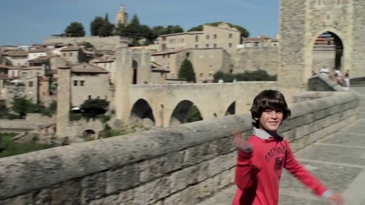 Catalonia, Best Family Holidays - Catalunya Experience, 27/01/2014. Catalonia is an ideal place for families. Here you can watch some reasons for you to come. You will find the sun and the beach, but there's also the inland and the mountains. And above all, everything you need when you holiday with children.