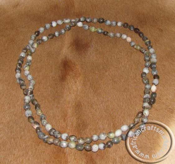 http://www.africancraftsmarket.com/Zulu-natural-bead-necklace.jpg