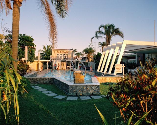 swimming pool, el dorado hotel, surfers paradise, 1975