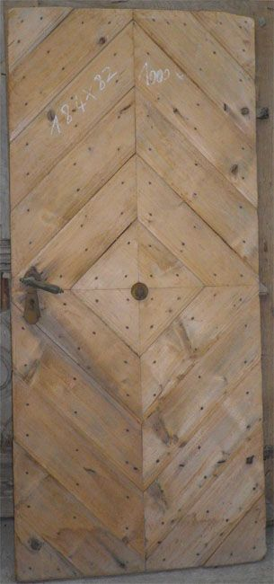 porte d'entrée ancienne style corse