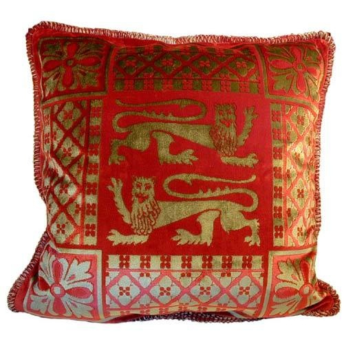 Zoe Decorative Pillows : Google Image Result for http://www.interiordesignpro.org/design-photos/main/zoe-decorative ...