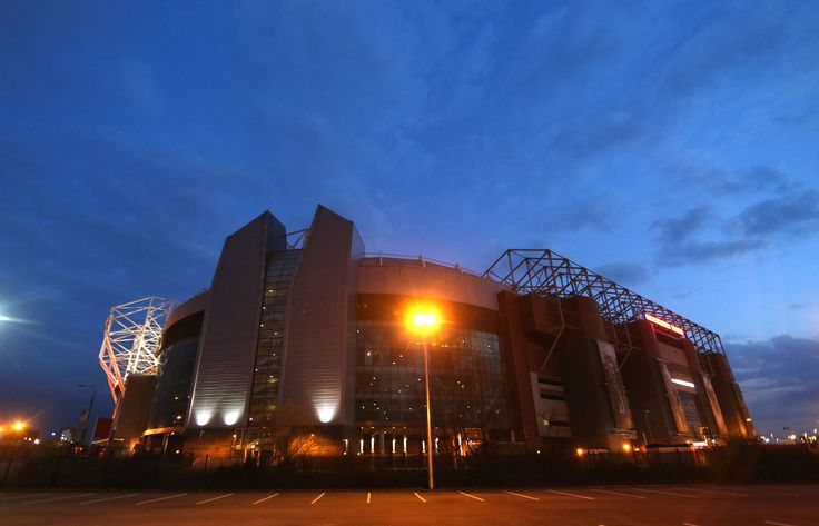 We love this artistic shot of Old Trafford. There's nothing that stirs the crowd more than when @manutd play under the lights at the Theatre of Dreams.