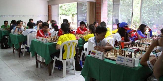 Perú se impone en Ajedrez en Sudamericano Escolar 2016 - Torre 64