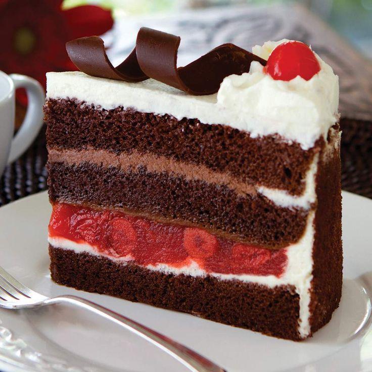 """Reţetă foarte simplă pentru tort """"Foret Noire""""! E gata în doar câteva minute, fără bătăi de cap, cu puţine ingrediente"""
