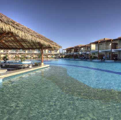 M+ Pools - Design and Wellness  #mosaicopiu #Aqua #mosaic #mosaico #swimmingpool #swim #pool #piscina #glassmosaic #madeinitaly