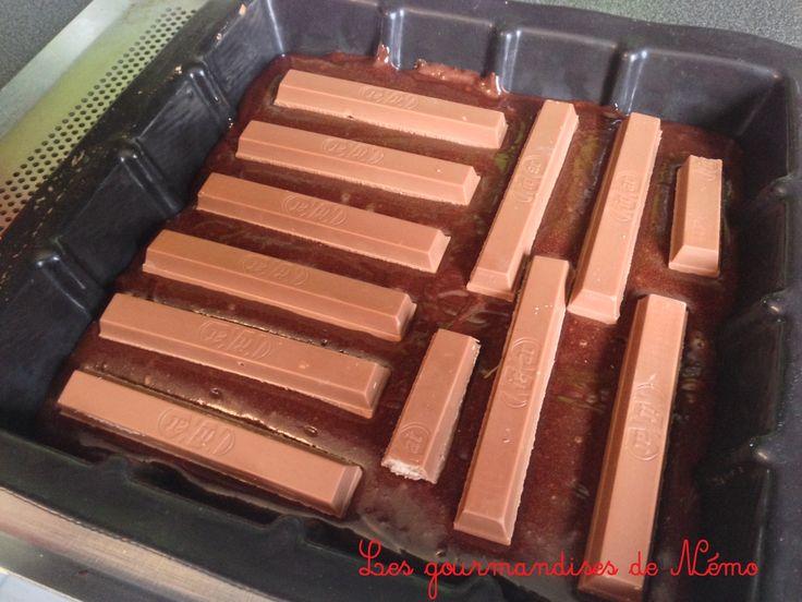 brownie kit kat, recette de brownie, brownie fondant au chocolat, recette de paques, recette avec des kit kat