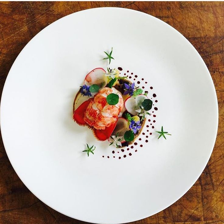 Lobster, fermented garlic & yogurt creme, beet root, asparagus, radish, borage. ✅ By - @chef_liudger ✅ #ChefsOfInstagram ➡️ Do you love to cook? Join us at www.ChefsOF.com ⬅️