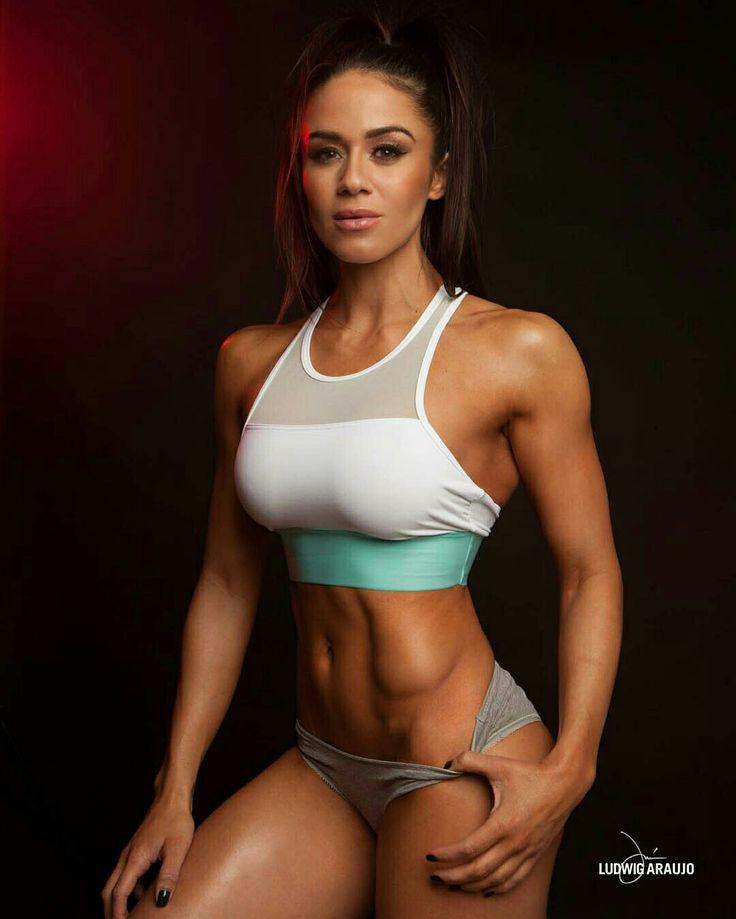 92 best Posing for Fitness images on Pinterest   Fit women, Female ...